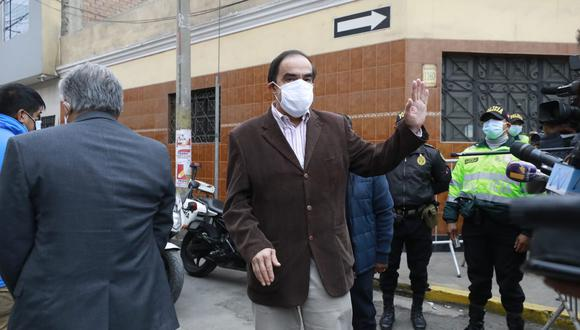 El excandidato de Acción Popular se reunió esta mañana con Pedro Castillo en Breña. (Foto: El Comercio)