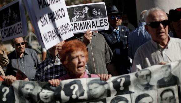 La histórica decisión del Tribunal Supremo de España de exhumar los restos de Francisco Franco del Valle de los Caídos generó polémica política y mediática en España. Foto: GETTY IMAGES, vía BBC Mundo
