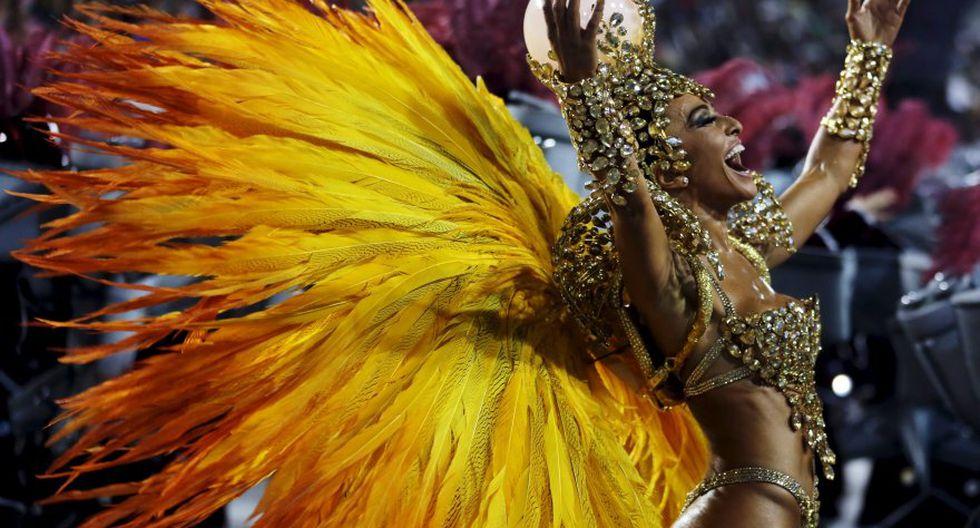 Las primeras postales del colorido carnaval de Río de Janeiro - 12