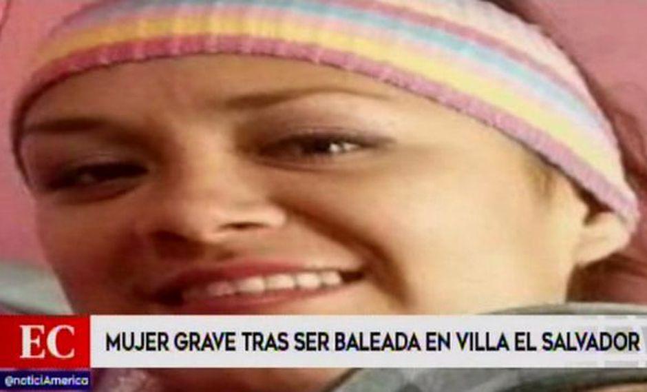 Madre de familia en estado grave tras ser baleada cerca de su vivienda por desconocidos. (Captura: América Noticias)