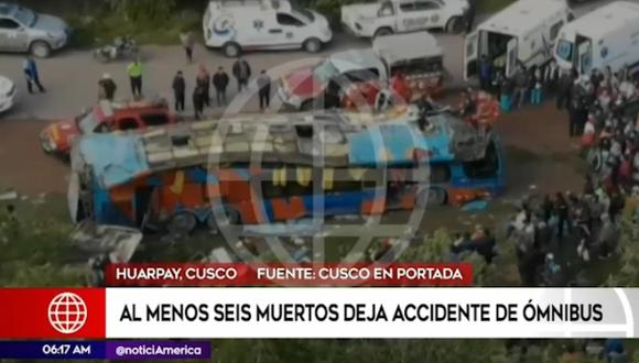 Hasta el lugar del accidente llegó personal de bomberos, policías y personal de serenazgo de la ciudad de Urcos. (Foto: captura América Noticias)