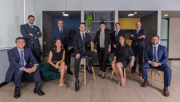 ¡Conoce al equipo gerencial de Clínica Internacional! La empresa ha invertido más de 26 millones de dólares en tecnología médica y capacitación de alta calidad para su staff.