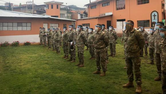 Militares fabricaron 1.100 protectores faciales (Cortesía: Quinta Brigada de Montaña del Ejército del Perú).