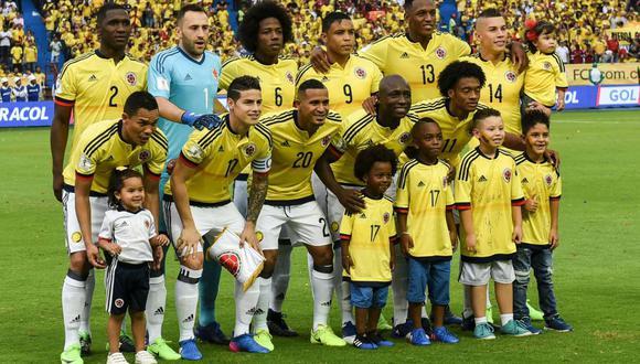 La selección colombiana inició de manera espectacular las Eliminatorias Rusia 2018. Sin embargo, la elección de un equipo predeterminado provocó que los cafeteros estén pasando apuros. (Foto: AFP)