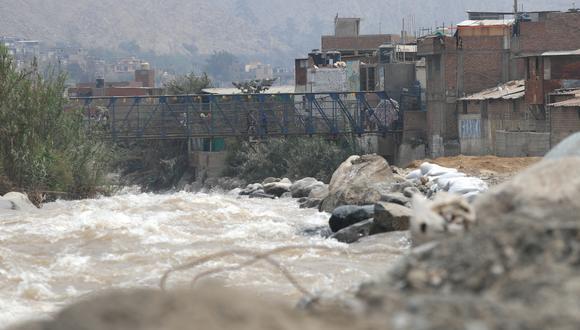 Cenepred informó que aproximadamente un total de 116 distritos ubicados en 13 regiones del país presentan un alto riesgo de huaicos por lluvias. (Foto: GEC)