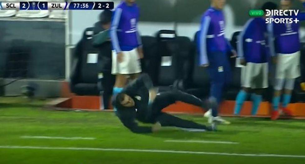 El festejo del segundo gol de Sporting Cristal le costó una caída a Vivas. (Captura: DirecTV Sports)