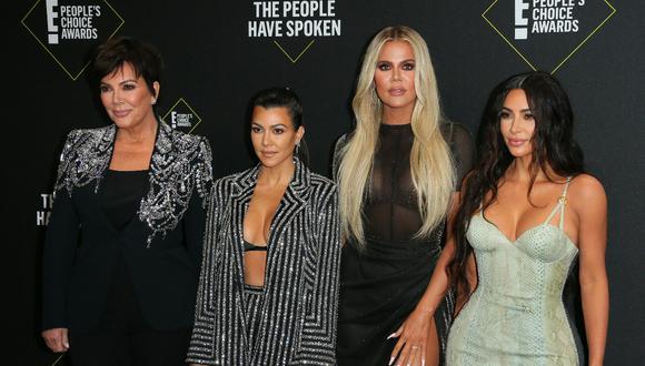 Kris Jenner, Kourtney Kardashian, Khloé Kardashian y Kim Kardashian. (Foto: Jean-Baptiste Lacroix | AFP)