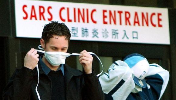 El covid-19 es primo cercano del SARS, pero esta pandemia fue controlada en un plazo de ocho meses en 2013. (GETTY IMAGES)