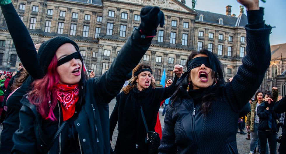 Desde París a Barcelona, Colombia, Puerto Rico, México o Buenos Aires, el mensaje de las jóvenes chilenas se replicó hasta en francés y turco. (Foto: AFP)