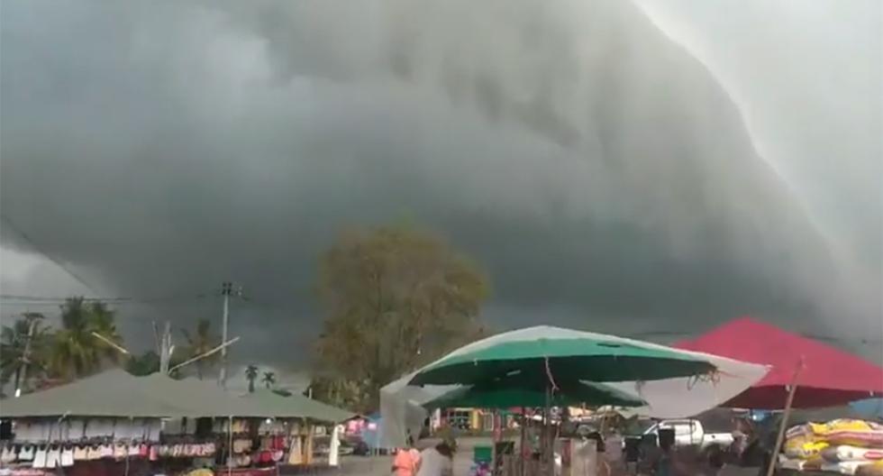 Esta enorme nube apocalíptica provocó pánico y terror entre los residentes del lugar.   Foto: Fa Bank/Facebook