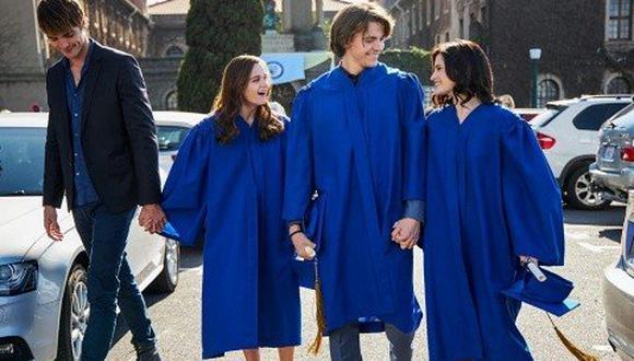 """""""El stand de los besos 2"""" es protagonizada por Joey King como Rochelle 'Elle' Evans, Joel Courtney como Lee Flynn (Foto: Netflix)"""