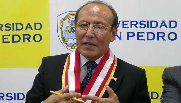 El rector será trasladado al penal de Cambio Puente en las próximas horas. (Foto: Laura Urbina)