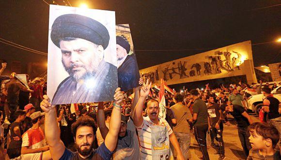 La coalición del clérigo radical Muqtada al-Sadr encabeza el primer recuento parcial en Iraq. (Foto: AP/Hadi Mizban)