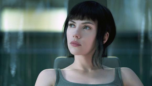 """En """"La vigilante del futuro: Ghost in the Shell"""", el personaje de Scarlett Johansson enfrenta a un terrorista que hackea cerebros. (Foto: Paramount)"""