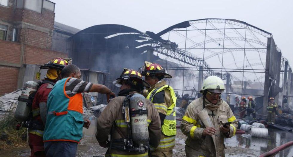 Tras un arduo trabajo se logró controlar la emergencia. (Fotos: GEC/ José Rojas Bashe)