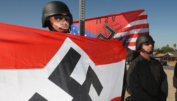 Miembros del Movimiento Nacional Socialista, una de las agrupaciones neonazis más extendidas en Estados Unidos.