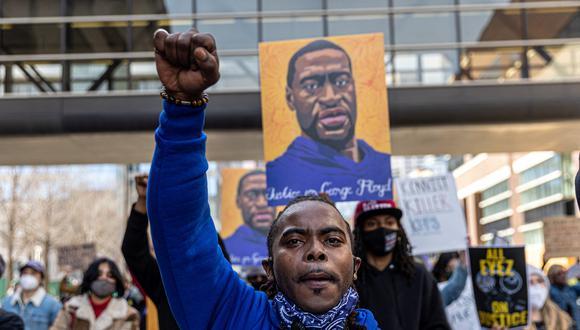 Protesta contra el racismo y la violencia policial en Minneapolis, Minnesota, tras el asesinato de George Floyd. (Foto: AFP).