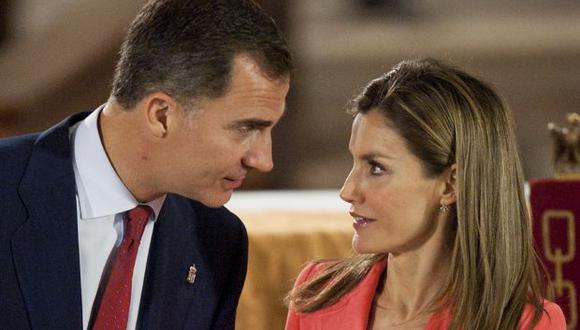 Detalles de una austera proclamación en una España en crisis