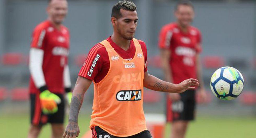 Miguel Trauco entrenando con Flamengo. (Foto: FOX Sports Brasil)