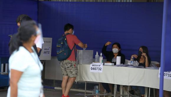 Quienes cumplieron funciones como miembros de mesa deberán registrarse en la página especial de la ONPE. (Foto: Britanie Arroyo / El Comercio)