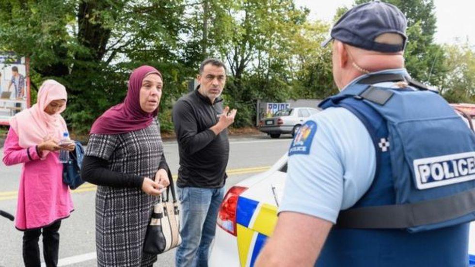 Al menos 49 personas fueron asesinadas en los tiroteos de Christchurch que fueron emitidos parcialmente vía Facebook Live. (Getty Images vía BBC)
