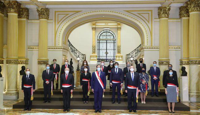 Once son los nuevos integrantes del Gabinete Ministerial, en comparación al anterior equipo. El ingreso de Cateriano se da a poco de que inicie el último año de gobierno de Vizcarra. (Foto: Presidencia de la República)