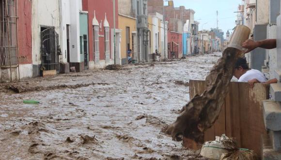 """En el Perú, el indicador """"gente afectada por desastres asociados al clima"""" del ODS 13 (Acción Climática) enfrenta grandes desafíos todavía. En la foto, se ve el impacto del primer huaico durante El Niño costero del 2017 en Trujillo. (Foto: Johnny Aurazo)"""