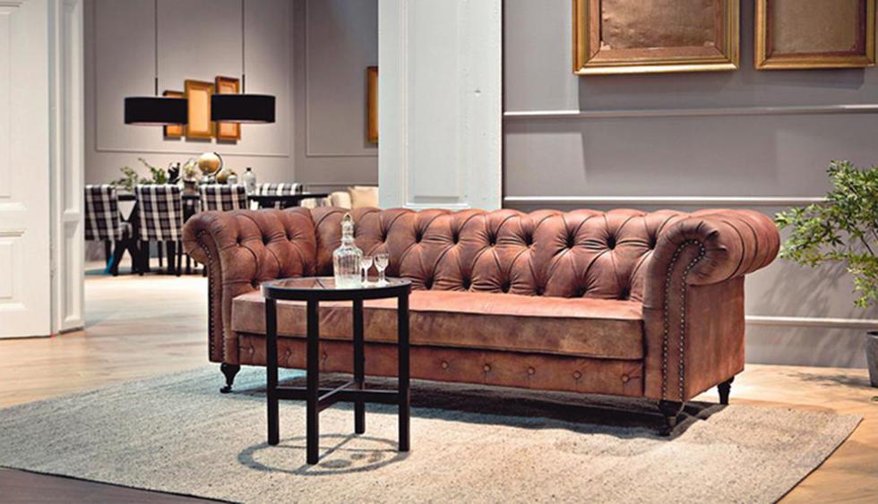 Sofá Chesterfield (Inglaterra). Es un sofá ideal para entornos clásicos, pero también para ambientes más informales, como el industrial, si lo combinas con una mesa de centro de metal reciclado. (Foto: Dewall Design /Alemania)