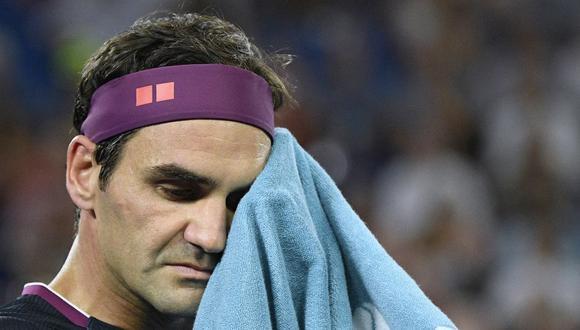 Roger Federer se ausentará por cuatro meses en el circuito. (AP Photo/Andy Brownbill)