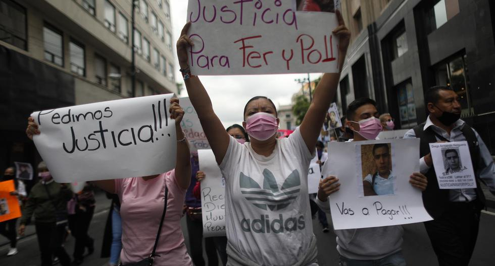 They protest in Mexico City demanding justice for two young people who were run over