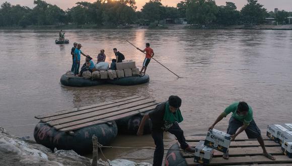 Los cruces de bienes y de personas por el río Suchiate, parte de la frontera entre México y Guatemala, han provisto a ambos lados de ingresos por mucho tiempo. Hay preocupación de que la Guardia Nacional interrumpa los negocios.