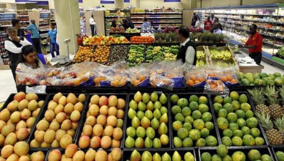Aunque muchos puedan tener estas frutas raras en el patio de su casa no las consumen dice Muniz. Muchos solo creen que la fruta es algo que se consigue solo en los estantes del supermercado.