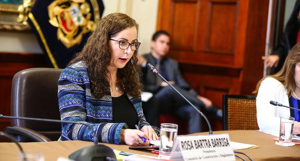 La congresista de Fuerza Popular, Rosa Bartra, preside una sesión de la Comisión de Constitución del Congreso, el 26 de setiembre del 2019. (Foto: Congreso).