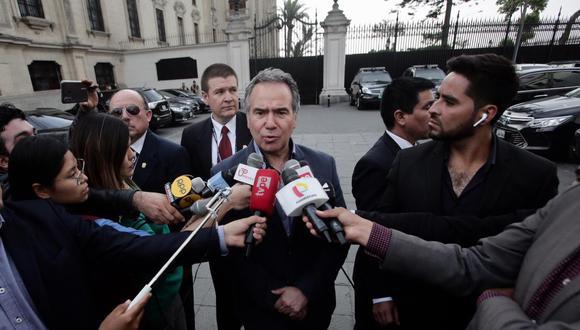 Petrozzi acudió hoy a la Presidencia de Consejo de Ministros, donde se reunió con el primer ministro, Vicente Zeballos, por la destitución de Hugo Coya. (Foto: GEC)