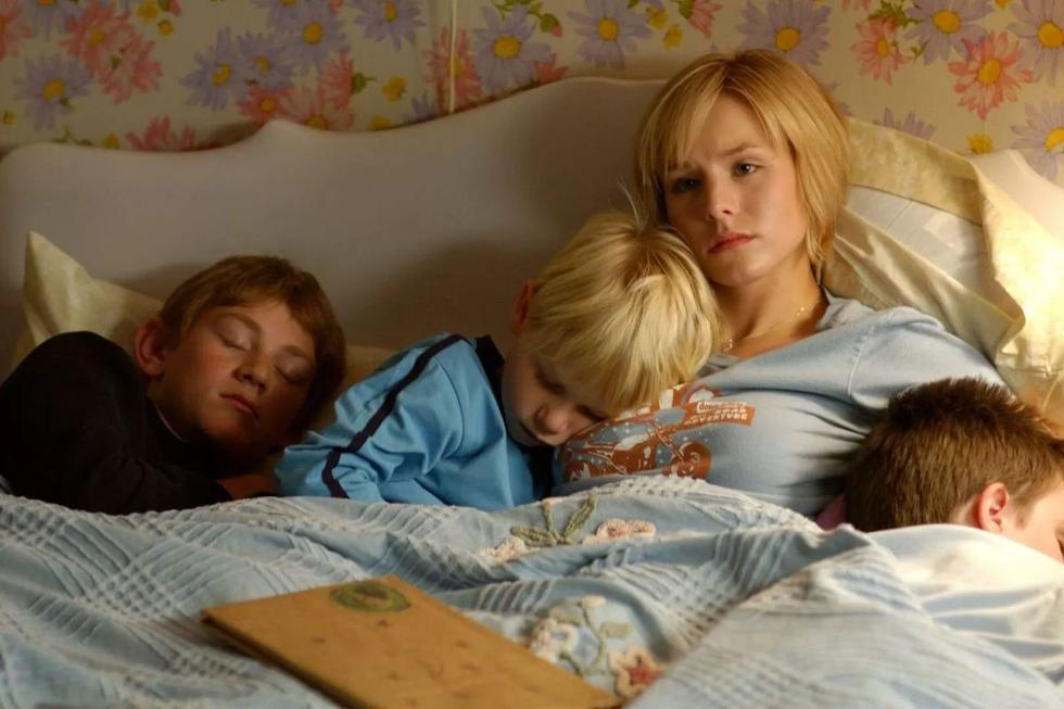 """The American starred in the Lifetime drama """"Gracie's Choice"""" (2004) as a young woman who starts a legal battle with her drug-addicted mother for the custody of her younger siblings.  (Source: Warner Home Video Inc)"""