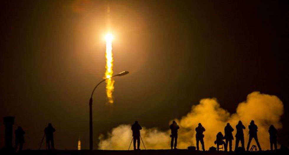 Astronautas que pasarán un año en el espacio llegaron a la EEI