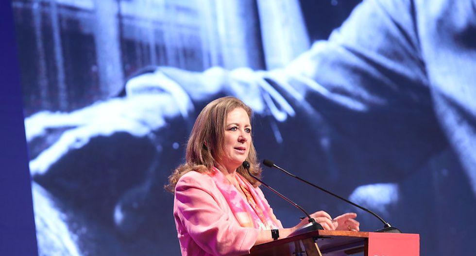 La actuación de María Isabel León, presidenta de la Confiep, en CADE se facilita por la mayor autonomía con la que cuenta. Es una dirección que debería extenderse y profundizarse. (GEC)