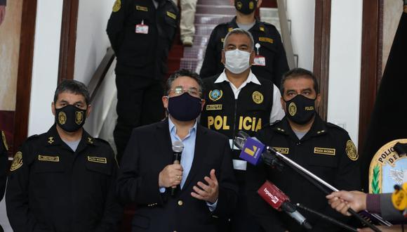 Ministro del Interior ofreció conferencia de prensa tras megaoperación que logró la captura de más de 70 personas vinculadas a Sendero Luminoso y Movadef. (Foto: Britanie Arroyo/ @photo.gec)