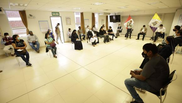 Las autoridades y los trabajadores se reúnen el Centro de Operaciones de Emergencia Regional (COER) de Ica ( Foto: Presidencia del Consejo de Ministros)