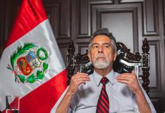 Francisco Sagasti se despide del gobierno en su máximo pico de aprobación