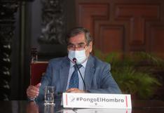 """Ministro Ugarte sobre posible tercera ola: """"No habría razón para que aquí no se produzca"""""""