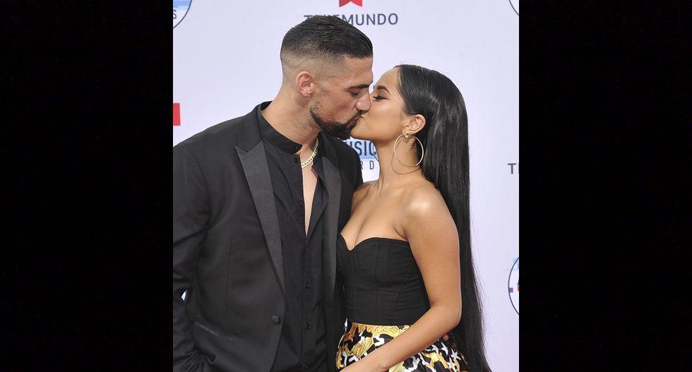 El futbolista estadounidense Sebastián Francisco y Becky G en los Latin American Music Awards 2019.