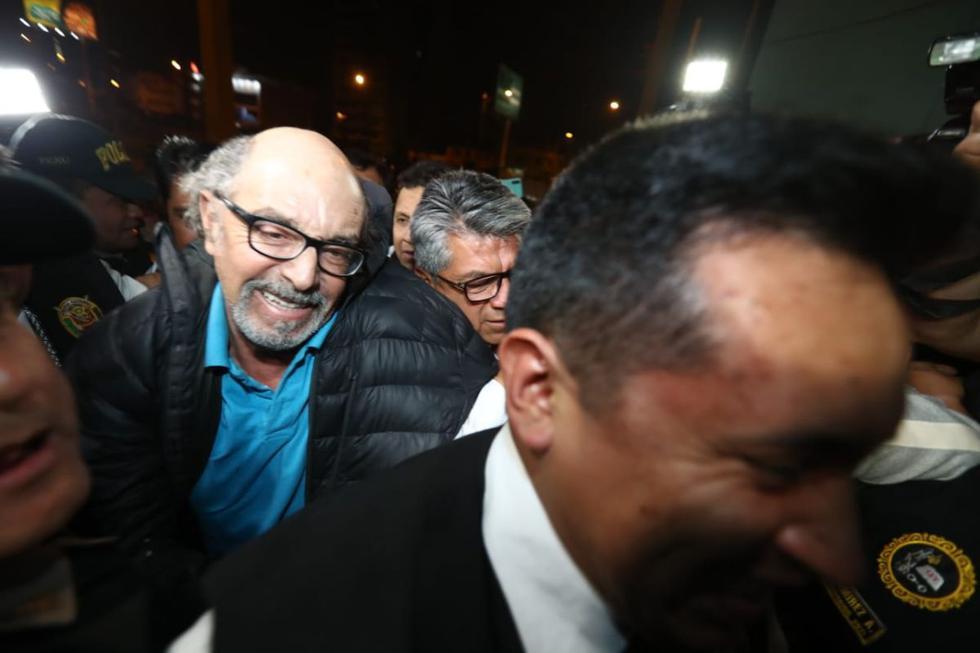 El excongresista Edwin Donayre fue capturado la noche del último miércoles, en Puente Piedra, por la Policía tras permanecer casi 6 meses prófugo de la justicia. (Foto: Giancarlo Ávila/GEC)