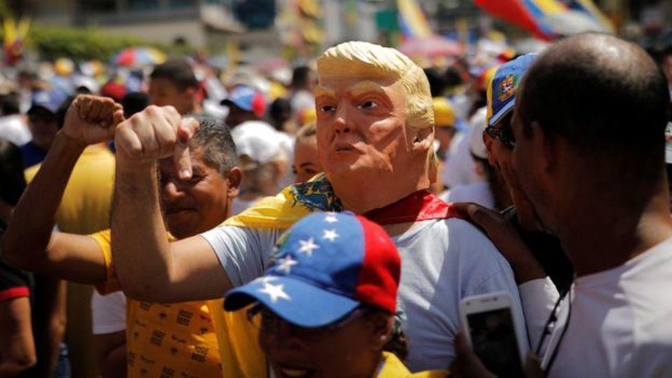 El gobierno de EE.UU. es un aliado importante de Juan Guaidó contra Nicolás Maduro. Foto: Reuters