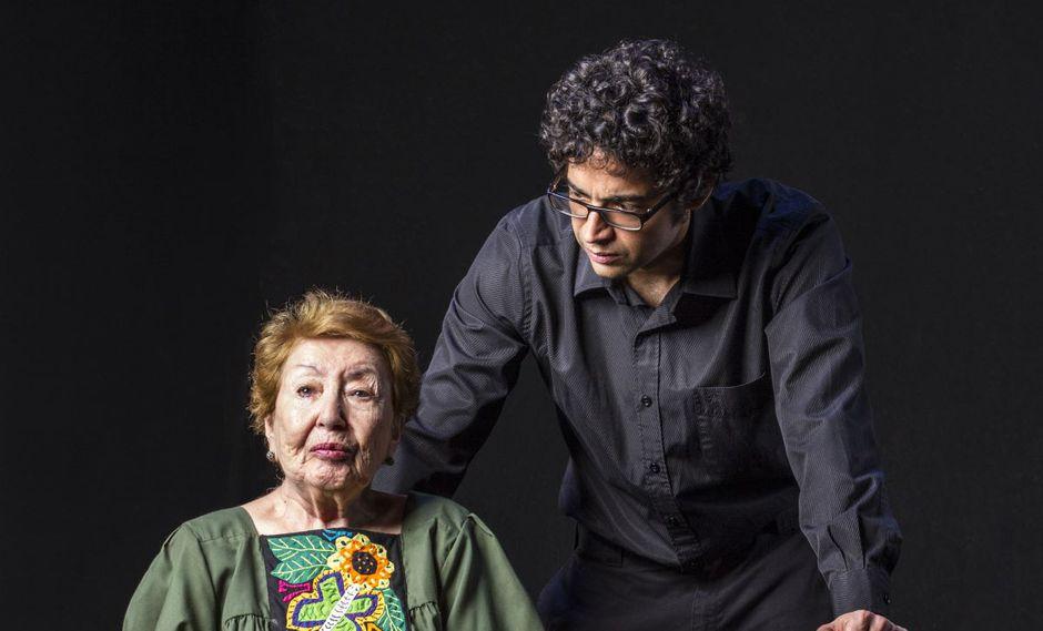 La eternidad en sus ojos es una obra de teatro escrita por Eduardo Adrianzén y producida por la Asociación de Artistas Aficionados.