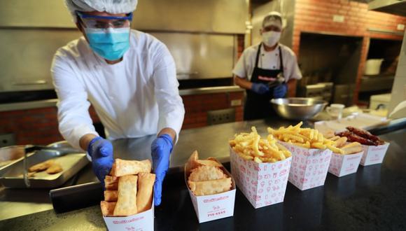 Gobierno confirma que se permitirá recojo de alimentos en restaurantes y servicios afines durante cuarentena por COVID-19. (Foto: GEC)