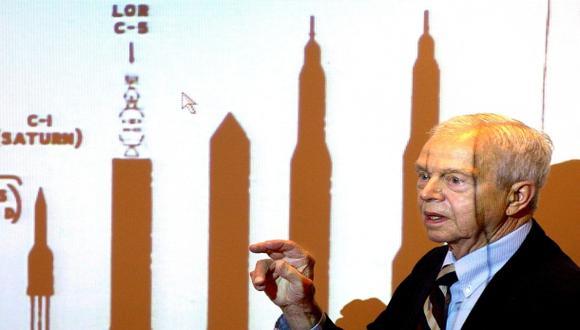 Muere uno de los héroes del programa Apolo de la NASA