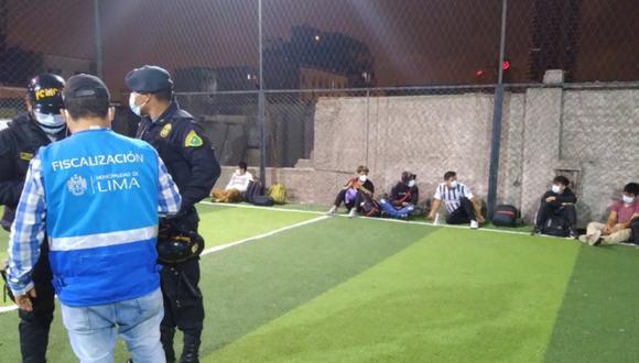 La PNP intervino a 23 personas que participaban en un encuentro deportivo   Foto: Municipalidad Metropolitana de Lima