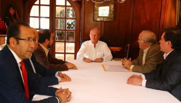 PPK dialogó con congresistas de Acción Popular