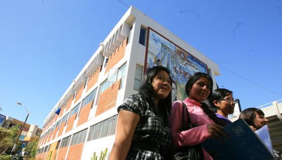 """""""La mejor garantía de calidad es el buen nombre de las instituciones"""", señala Federico Salazar .(Foto: Archivo El Comercio)"""